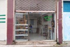 مغازه نوساز نزدیک خیابان اصلی