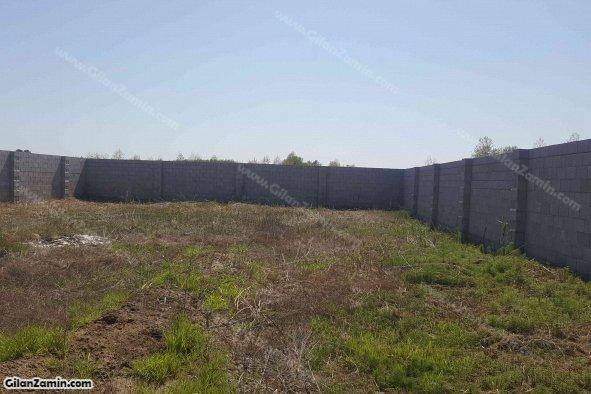 زمین مسکونی دیوار کشی شده با پروانه دیوار کشی