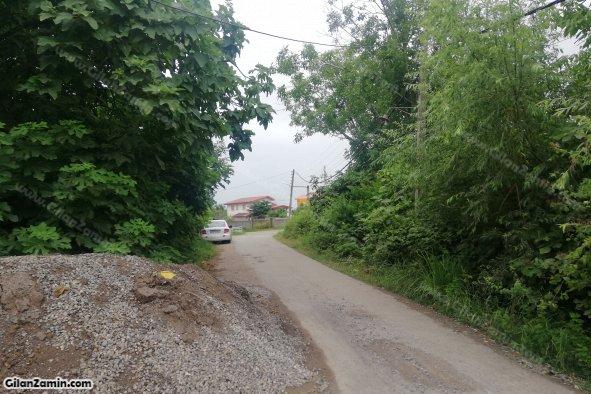 جاده منتهی به بازار روستا