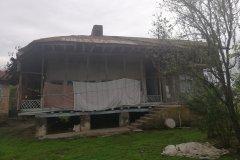 خانه کلنگی حیاط دار روستایی