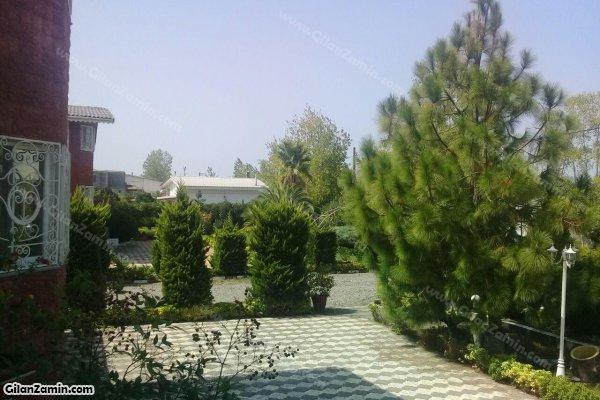 حیاط ویلا