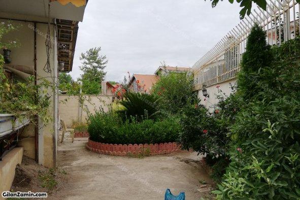 نمای حیاط