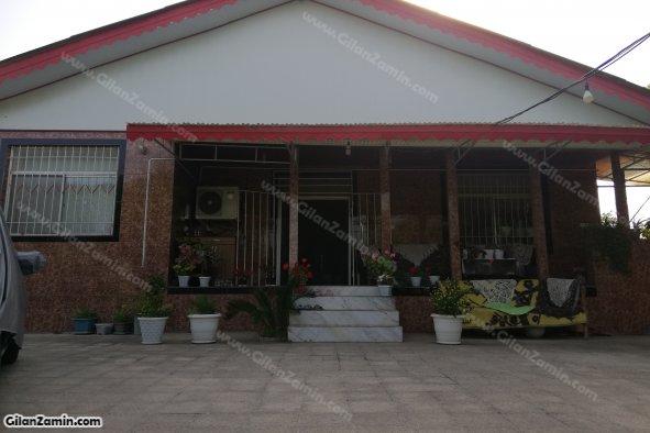 ویلا سنتی حیاط دار